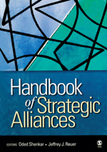 "Handbook <span class=""hi-italic"">of</span> Strategic Alliances"